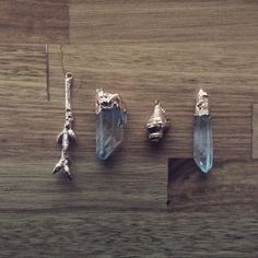 Electroplating twigs quartz and shells with copper for trinkets  #fashion…