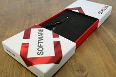Screen Presentation Box on Packaging of the World - Creative Package Design Gallery