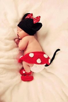 """MINNIE MOUSE BABY GIRL"" oh my goodness!  how stinking cute?!"