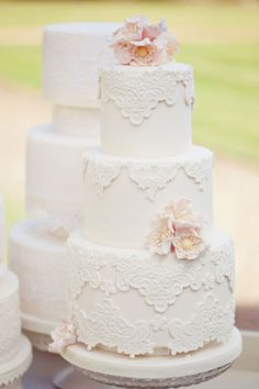 I think I just found my wedding cake! Love the lace!