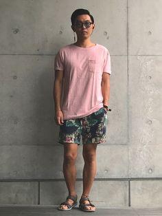 こんにちは☀️ 閲覧ありがとうございます(^^) ちょっと色を纏いたくなった夏の装い。 なんだか曇っ