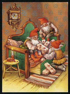 Julkort av Lars Carlsson Christmas Scenes, Christmas Elf, Christmas Illustration, Cute Illustration, Christmas Knomes, Forest Creatures, Fairytale Art, Old Fashioned Christmas, Mythological Creatures