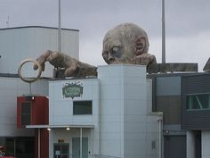 A giant sculpture of Gollum reaches for the One Ring at Wellington Airport in New Zealand. Bahhhh amazing!