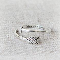 Sterling Silver Rings Adjustable Arrow Ring in 925 sterling silver Vintage Gold Engagement Rings, Rose Gold Engagement Ring, Diamond Wedding Bands, Vintage Rings, Wedding Rings, Cute Rings, Unique Rings, Accesorios Casual, Arrow Ring