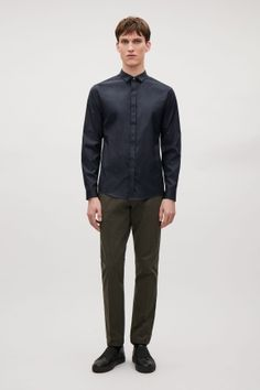 Shirt with folded collar