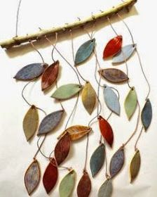 Best Images Slab Ceramics wind chimes Suggestions Items similar to Stoneware Ceramic Leaf Chimes Mobile Made to Order on Etsy Ceramics Projects, Clay Projects, Clay Crafts, Arts And Crafts, Ceramic Clay, Ceramic Pottery, Pottery Store, Deco Nature, Pottery Classes