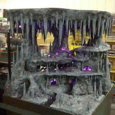 Afbeeldingsresultaat voor making accessories for christmas villages Halloween Village Display, Halloween Decorations, Warhammer Terrain, Warhammer 40k, Wargaming Terrain, 3d Fantasy, Paperclay, 3d Prints, Christmas Villages