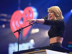 Pin for Later: Taylor Swift tanzt die Gerüchte weg