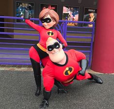 Mrs Incredible, Scooby Doo, Vacations, Geek Stuff, The Incredibles, Cosplay, Costumes, Park, Night