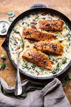 Creamy Spinach and Artichoke Salmon. - Half Baked Harvest Creamy Spinach and Artichoke Salmon. Easy Salmon Recipes, Fish Recipes, Seafood Recipes, Cooking Recipes, Healthy Recipes, Water Recipes, Grilling Recipes, Dinner Recipes, Creamy Spinach