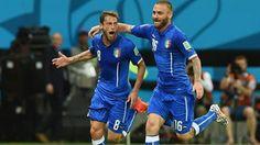 Grupo D: Italia 2 - Inglaterra 1