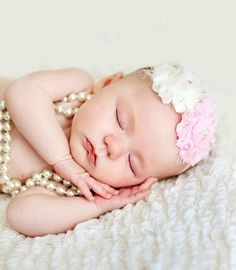 Newborn infant girl's flower crown pearls Toni Kami ❀Flower ❀ Girls❀ Precious newborn photography idea
