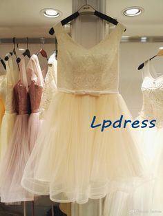 Light Yellow Bridesmaid Dresses Lace Top Wedding Party Dresses Real Pictures V-Neck Sleeveless 2017 Summer Style Cheap 2017 Bridesmaid Dresses Bridesmaid Dresses Chiffon Bridesmaid Dress Online with $89.0/Piece on Lpdress's Store | DHgate.com