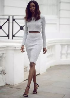LoLoBu - Women look, Fashion and Style Ideas and Inspiration, Dress and Skirt Look Chic Summer Outfits, Street Style Outfits, Mode Outfits, Skirt Outfits, Casual Outfits, Casual Attire, White Outfits, Work Attire, Sweater Outfits