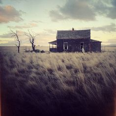 Cole RISE :: abandoned house in Madras, Oregon