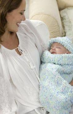 Baby Cocoon - free crochet pattern