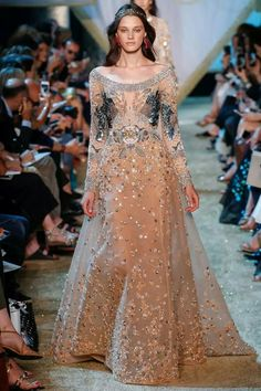 Elie Saab Fall-Winter Haute Couture 2017-18 #pfw #ATaleOfFallenKings #50