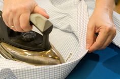 At Gino Venturini in Vienna true bespoke shirts are handmade of the finest cottons in the world -https://www.meisterstrasse.com/hemdenmacher-venturini- #meisterstrasse #mastersguild #wien #wienwiennurduallein #vienna #viennanowornever #mode #maß #hemd #textil #fashion #handwerk #style #bespoke #bespokeshirts #tailor #elegance #luxurylife #luxury #lifestyle #clothing #handmade #craftsman #custom #esquire #vogue #fashionista
