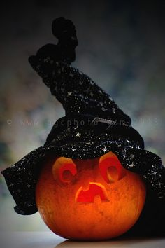 We like telling scary stories in the dark on Halloween night. very scary ones. Ugg Mini Boots, Baseball Jerseys, Basketball, Very Scary, Scary Stories, Dark Night, Boots For Sale, Halloween Night, Pumpkin Carving