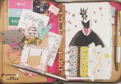 I love this month's @theplanneraddictbox and my washi cards from @craftinchaos  Ready for Valentine's Day!! #plannersandcoffee #craftinchaos #pab #planneraddict #plannergirl