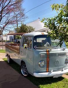 Kombi Pick-up 86 Brasil - Pintherest Volkswagen Transporter, Volkswagen Bus, Vw T1, Vw Pickup, Vintage Pickup Trucks, Kombi Clipper, Kombi Pick Up, Vw Kombi Van, T2 Bus