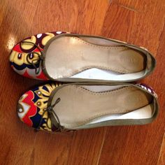 JCrew classic printed ballet flats Pretty multi-colored flats. Spot on the left shoe on the toe, which is hardly visible (see photo). J. Crew Shoes Flats & Loafers