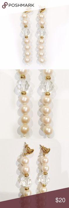Pearl dangle earrings Beautiful pearl beaded dangling earrings. About 3inches long! Sooo pretty and elegant ✨ Jewelry Earrings
