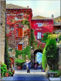 ingresso di Civita di Bagnoregio, TUSCANY ITALY