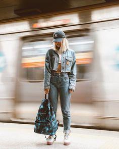 Portrait Photography Poses, Photography Poses Women, Urban Photography, Street Photography, Creative Fashion Photography, Fashion Photography Inspiration, Photoshoot Inspiration, Tumbr Girl, Kreative Portraits