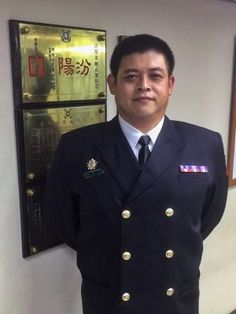 cool 陳翰諹撂倒搶犯   海軍公開表揚   2017-02-0513:26 〔記者羅添斌/台北報導〕基隆&#2406... https://taiwanese.moe/archives/576239 Check more at https://taiwanese.moe/archives/576239