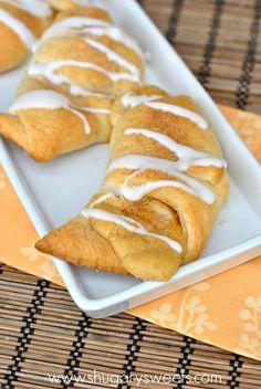Pumpkin Cheesecake Crescent Rolls: delicious Pillsbury crescents with a creamy soft pumpkin filling!