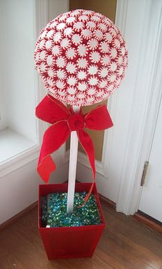 Stay-At-Home-Moms-of-Etsy: Tuesday Tutorial - Peppermint Candy Topiary Trees Whoville Christmas, Christmas Candy, Simple Christmas, All Things Christmas, Winter Christmas, Christmas Holidays, Christmas Decorations, Christmas Topiary, Candy Decorations