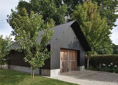 A Guide To Metal Buildings - Check Out THE PIC for Various Metal Building Ideas. 27549995 Metal Building Homes, Building A Shed, Building Ideas, Church Building, Metal Homes, Modern Barn, Modern Farmhouse, Farm Shed, Macedon Ranges