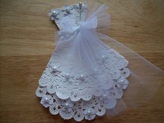 DIY Bridal Shower name tags with Doilies | Paper Doily White Wedding Gown Embellishment for Scrapbook Layouts. $3 ...