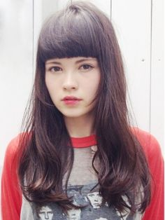 the most perfect hair Hipster Grunge, Grunge Goth, Love Hair, Great Hair, Hairstyles With Bangs, Pretty Hairstyles, Street Style Vintage, Over The Top, Hair Today