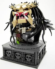The Predator. Sweet Jesus, this blown my tiny arty mind, luv so much :-)
