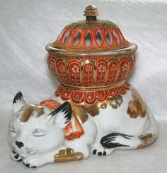 Japanese-Japan-Nippon-Seyei-Gilded-Gold-Figural-Sleeping-Cat-Koro-Incense-Burner