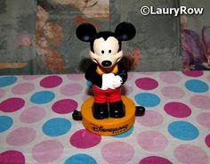 MICKEY MOUSE. https://www.facebook.com/Disneycollecbell%20/photos/?tab=album&album_id=1083544718393884 ©LauryRow.