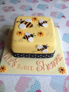Bumblebee themed baby shower cake - Cake by Sugarkissedcakery Baby Cakes, Baby Shower Cakes, Baby Shower Themes, Cupcake Cakes, Pink Cakes, Shower Ideas, Pretty Cakes, Cute Cakes, Beautiful Cakes
