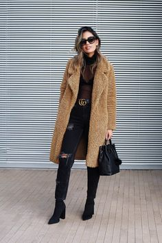 Trendy Brown Teddy Coat For Winter Fashion Outfits Angashion-Womens-Fuzzy-Fleece-Lapel-Open-Front-Long-Cardigan-Coat-Faux-Fur-Warm-Winter-Outwear-Jackets-with-Pockets Fashion Week, Look Fashion, Winter Fashion, Fashion Coat, Fashion Bloggers, Womens Fashion, Jeans Fashion, Petite Fashion, Curvy Fashion