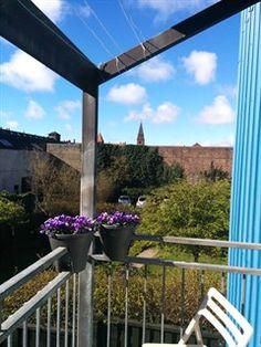 Hamletsgade 5, 1. th., 2200 København N - 4 vær. på Nørrebro med altan, grøn fælleshave og gratis p-plads. #solgt #selvsalg