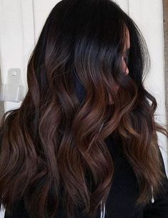 Trendy Hair Color Ideas 2018 : dark chocolate hair color Hair Color Ideas 2018 : dark chocolate hair color Discovred by : Mane Interest Cabello Color Chocolate, Dark Chocolate Hair Color, Hair Color Dark, Cool Hair Color, Chocolate Highlights, Brown Hair With Caramel Highlights Dark, Brunette Highlights, Hair Color Brunette, Chocolate Brunette Hair