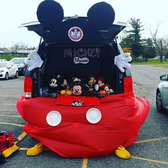 We had a blast doing #trunkortreat yesterday. #mickeyismyfirstlove #mickeymouse…
