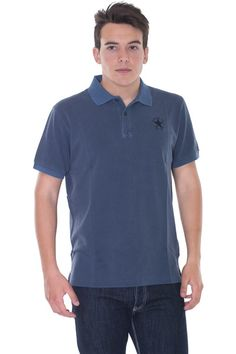 Buy online man cotton polo by Pirelli PZero  for € 27,00 on Luxyuu. Available now polopique short sleeve button closure embroidered logo, side slit hemlinecomposition: 100% cotton color: blue http://www.luxyuu.com/pirelli-pzero-cotton-polo-P20989.htm