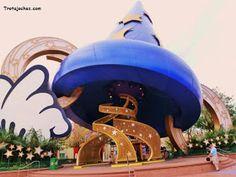 Guía para organizar un viaje a Walt Disney World Orlando.   Trotajoches Viaje A Disney Orlando, Hollywood Studios Disney, Walt Disney, Snow Globes, Travel Tips, Blog, Decor, Disney Parks, Useful Tips