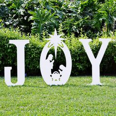 Outdoor Nativity Silhouette, Christmas JOY with the Holy Family Christmas Yard Art, Outdoor Christmas Decorations, Christmas Signs, Christmas Projects, Christmas Holidays, Christmas Ornaments, Christmas Wood, Felt Ornaments, Xmas