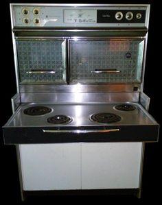 Vintage 1961 Frigidaire General Motors Custom Deluxe Flair Oven Stove #FrigidarebyGeneralMotors