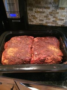Read the 20 lb. Pork Butt needs to be turned into pulled pork. discussion from the Chowhound Home Cooking, Slow Cooking food community. Join the discussion today. Slow Cooking, Cooking Pork Roast, Cooking For A Crowd, Food For A Crowd, Cooking Recipes, Cooking Food, Meal Recipes, Crowd Recipes, Cooking Games