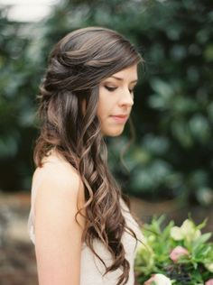 wedding hairstyle idea; photo: Sawyer Baird