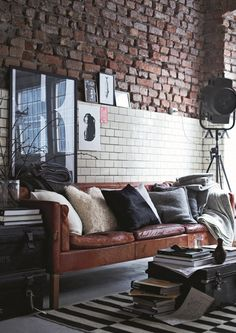 Home Interior Design Styles - Looking to caparison your new home and hunting thematic inspiration? We are covering 8 home interior design styles that are Masculine Living Rooms, Modern Living, Modern Man, Modern Design, Small Living, Living Spaces, Industrial Living, Urban Industrial, Industrial Style
